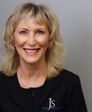 Meet Lisa : Dental Hygienist in Roswell GA, 30075